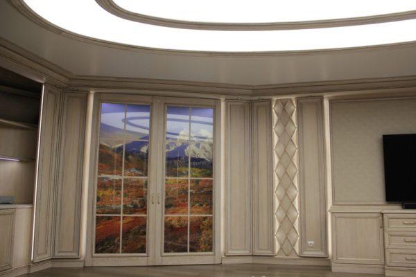 Монтаж светового потолка в Борзых в гостиной