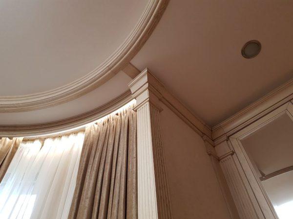 Натяжной световой потолок в Борзых в спальне