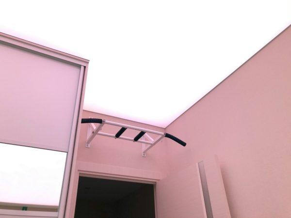 Световой потолок в ЖК Триколор в квартире