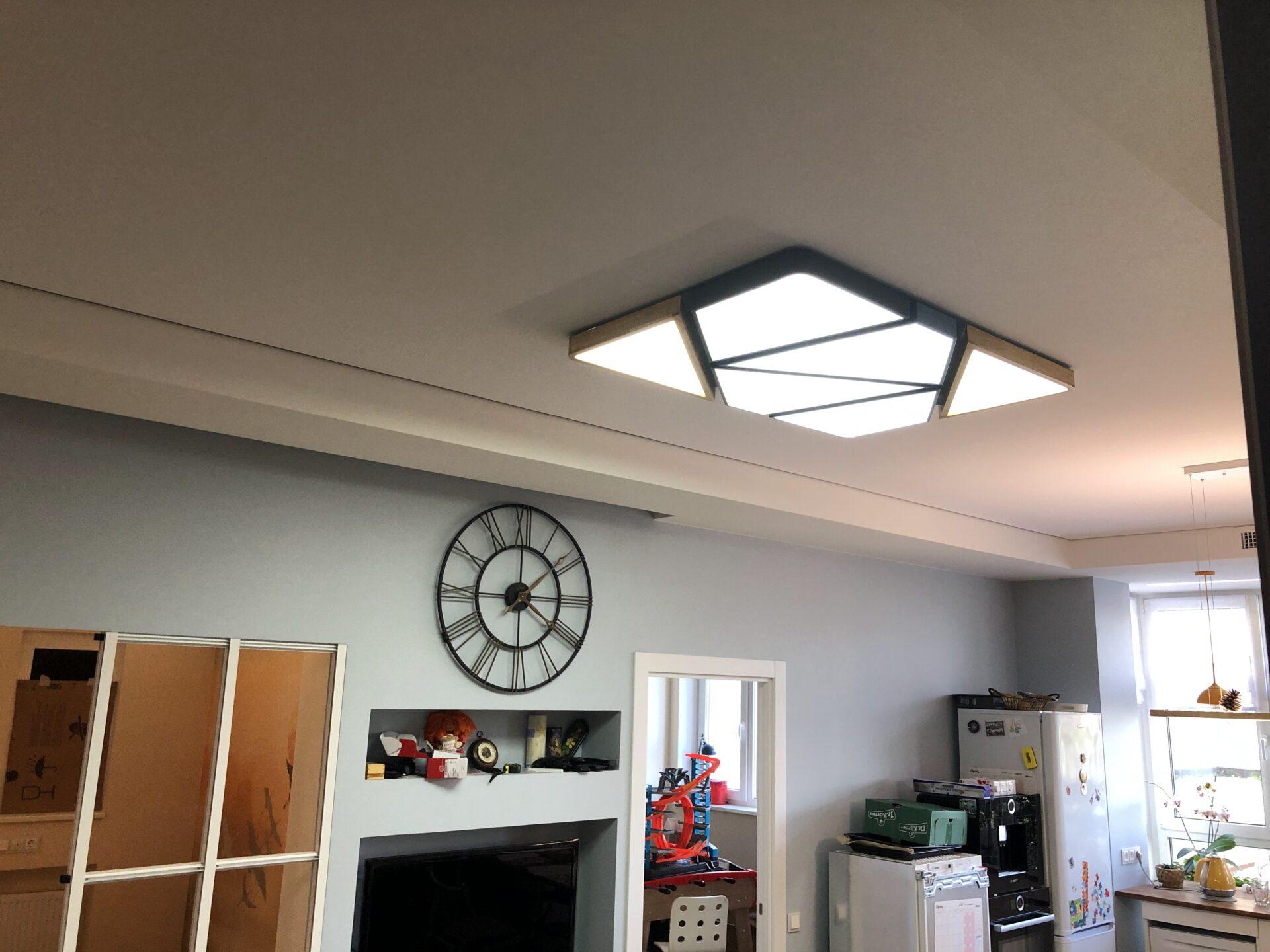 Натяжной световой потолок на Первомайской на спальне
