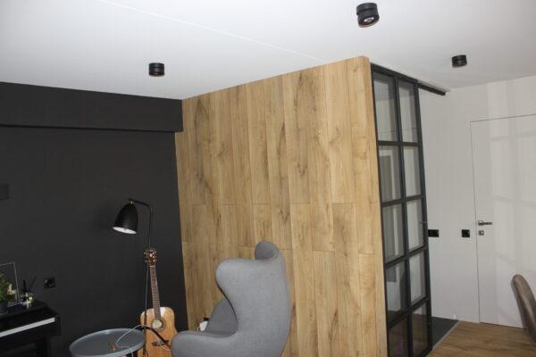 Натяжной световой потолок в Бутырском Валу в гостинной