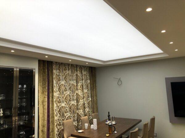 Световой потолок на Рублевском в квартире